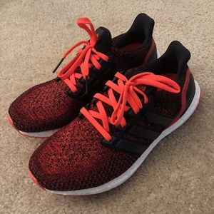 Ultra Boost 2.0 Solar Red S80373 - condition 9/10